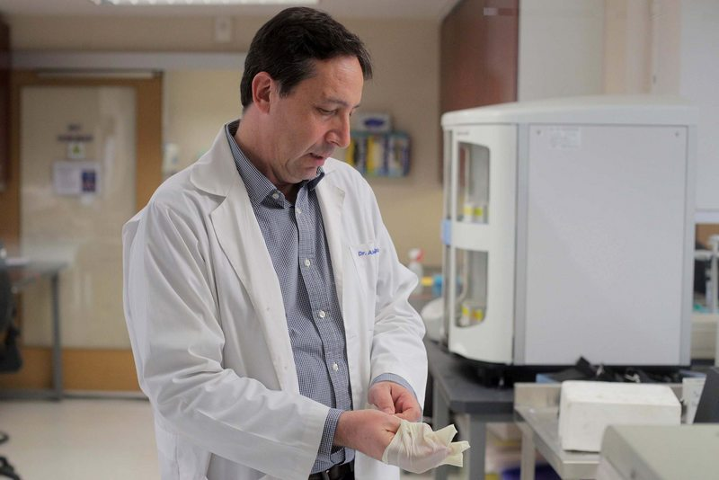Alexis Kalergis diseña vacuna contra el coronavirus