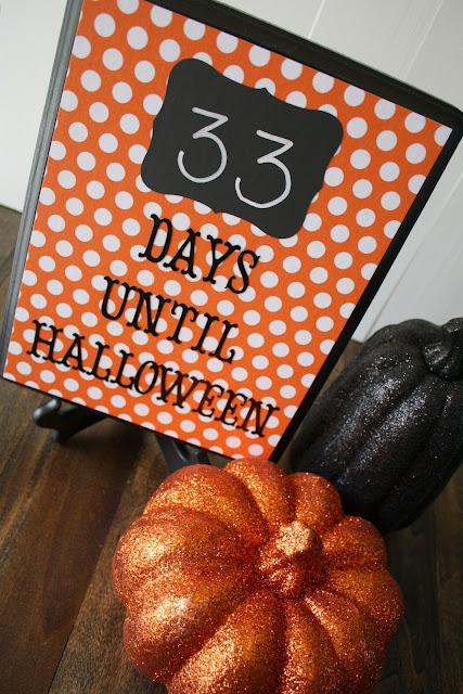 Halloween Countdown Plaque