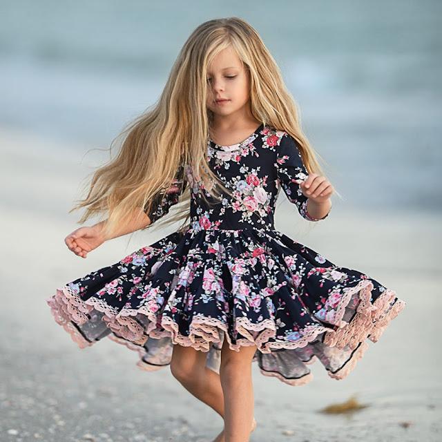 Floral Print Lace Hem Pleated Dress