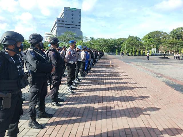 Polda Gelar Apel Gabungan Kesiapan Personil Ops Ketupat Siwalima 2021.lelemuku.com.jpg