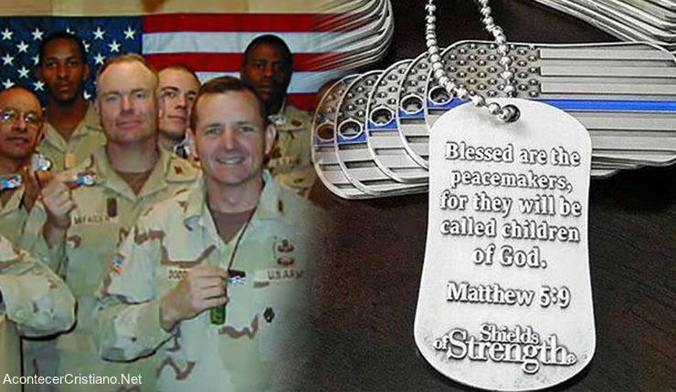 Soldados estadounidenses con placas de identificación