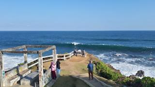 Wisata Tasikmalaya Pantai Karang Tawulan