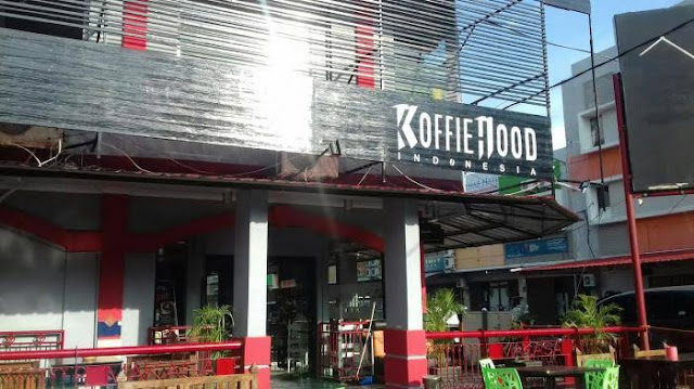 Cafe Koffiehood