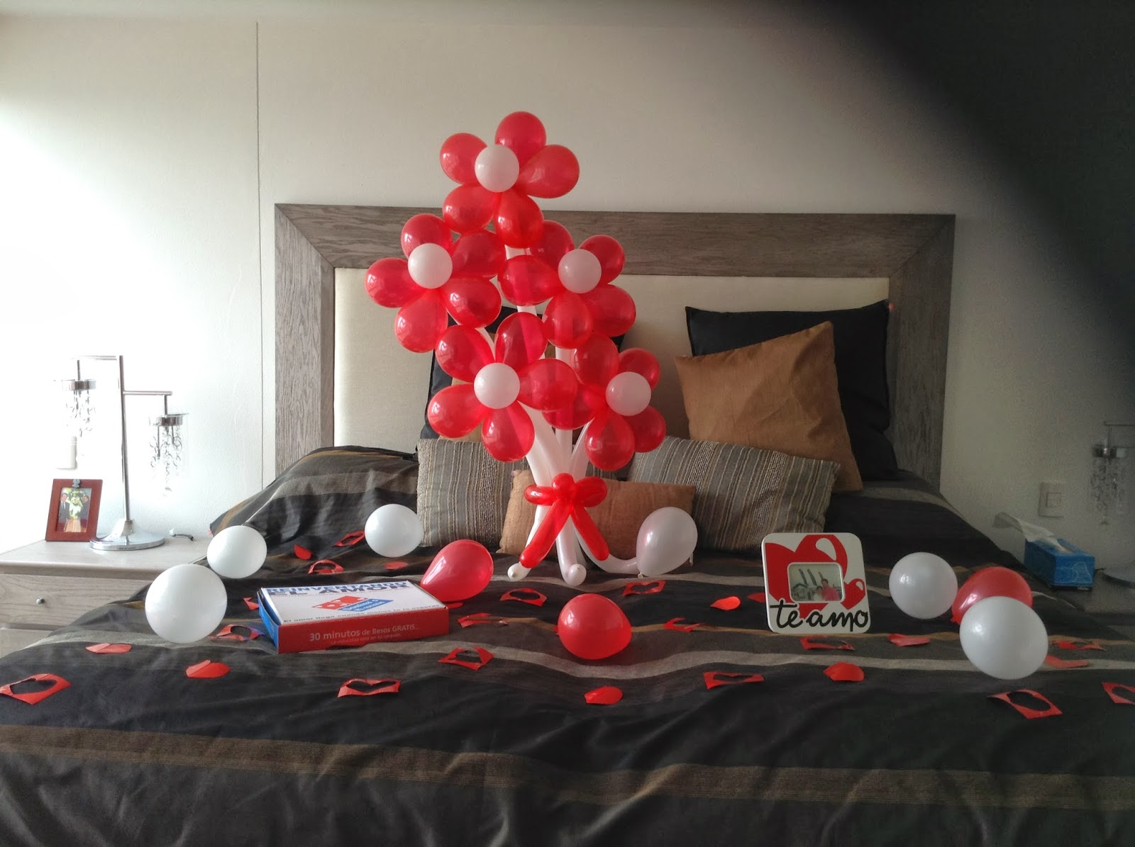 Always a gift regalar es increible decoracion de amor for Cuartos decorados romanticos con globos