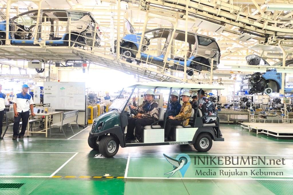 Untuk Penuhi Kebutuhan Ekspor, Pabrik Suzuki Kembali Beroperasi Secara Bertahap