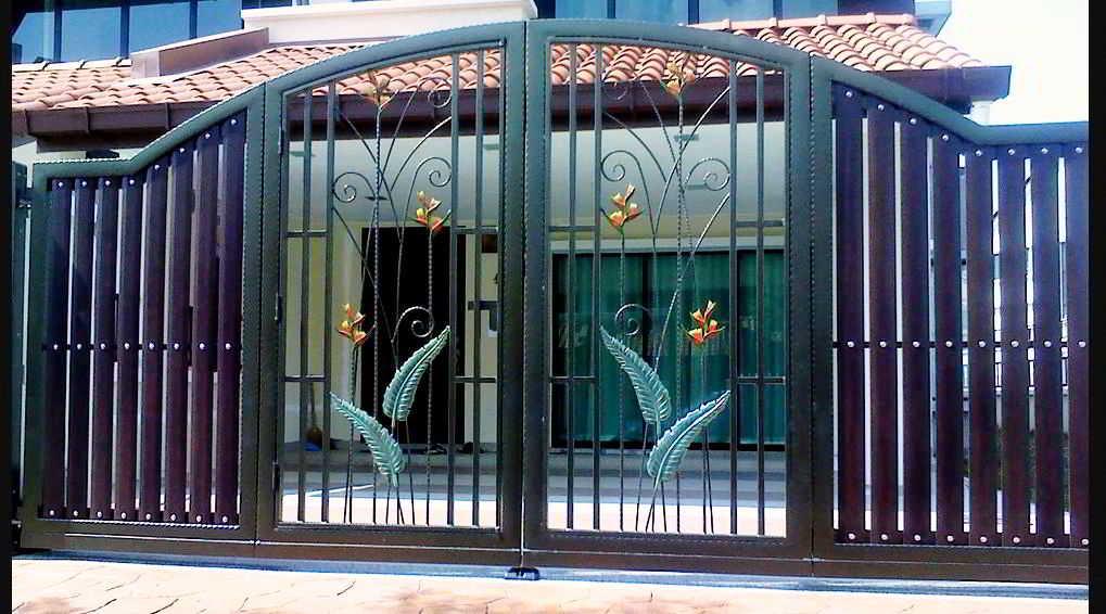 Foto Pintu Pagar (Gerbang) Besi Modern