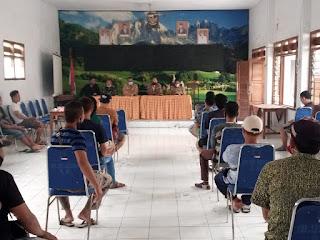 PKL Kencong Jember Tolak Relokasi