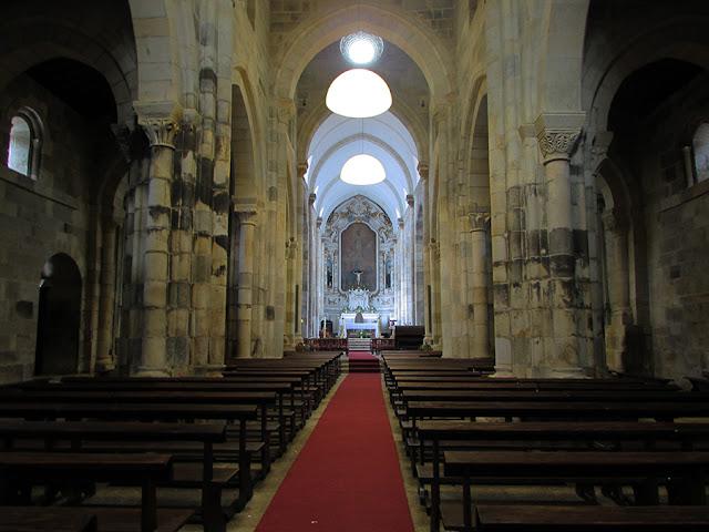 interior do Mosteiro do Salvador de Paço de Sousa