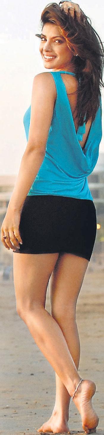 Priyanka Chopra Sexy Video Movie