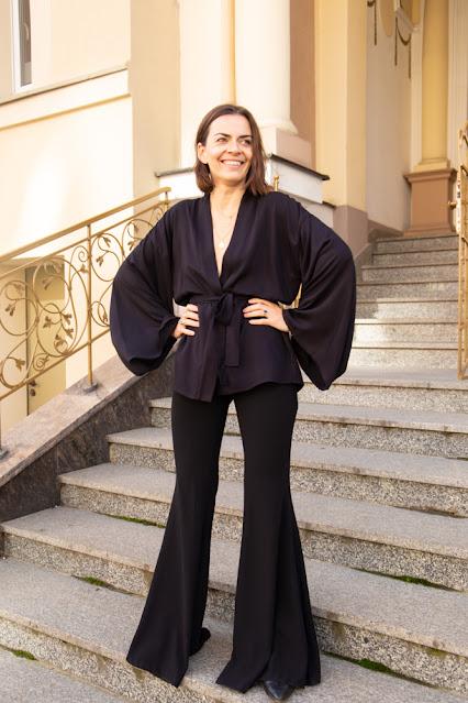 kimono z wiskozy w kolorze czarnym