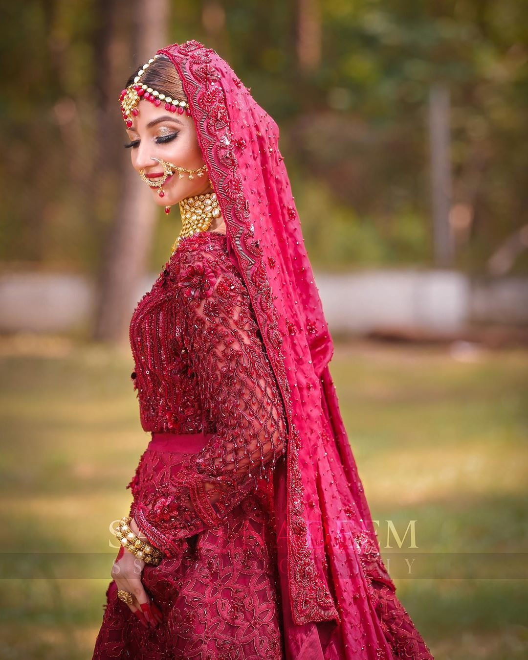 Kinza Hashmi Gorgeous Bridal Photoshoot