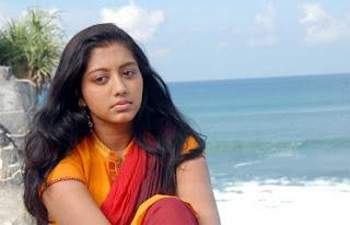 Vizhiyile En Vizhiyile Lyrics Velli Thirai