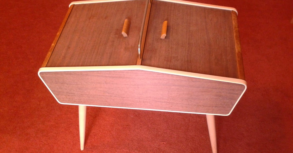 Area vintage dise o mueble auxiliar costurero de los for Mueble costurero