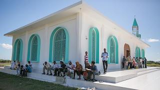 Bangunlah masjidmu senyaman mungkin