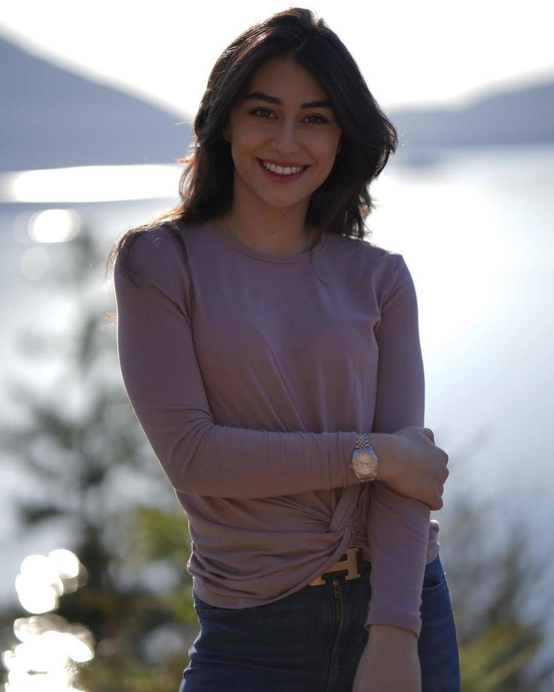 Sayna Sadres 10