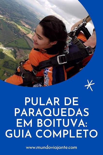 panfleto de uma mulher saltando de paraquedas