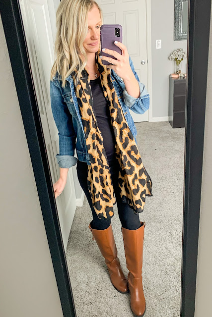 Denim jacket maternity outfit