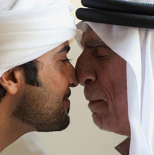 في زمن الفيروس التاجي ، يجب تعليق هذه التقاليد العربية الثمانية