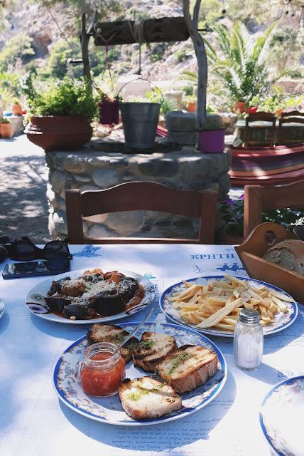 jedzenie na krecie