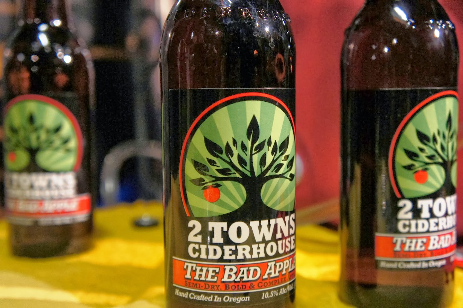 2 Towns Ciderhouse San Diego Winter Brew Fest