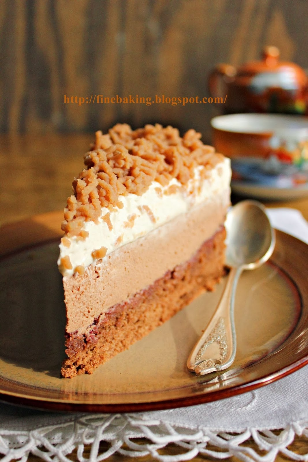 Chocolate Dust Chestnut Cream Cake