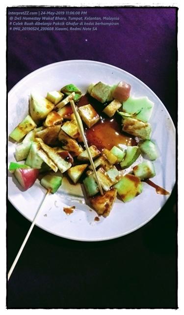 Makan Colek di Kelantan Darul Naim, Malaysia