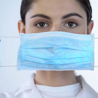 O uso de máscara está te deixando receptivo para o vírus e prejudicando sua saúde, revela a ciência