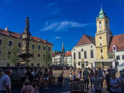 carbon road bike rental in Bratislava Samorin Challenge