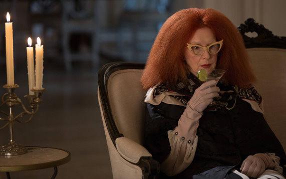 Frances Conroy Sedang Dalam Negosiasi untuk Berperan Sebagai Ibu Joker