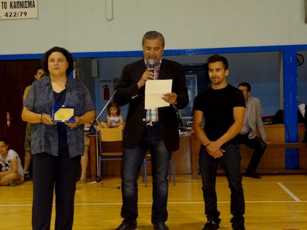 67bd8529666 Με την ευκαιρία της παρουσίας του Έλληνα Παγκόσμιου πρωταθλητή στο μονόζυγο  Βλάση Μάρα, ο Δήμαρχος Αμαρουσίου Γιώργος Πατούλης, μίλησε με θερμά λόγια  το ...
