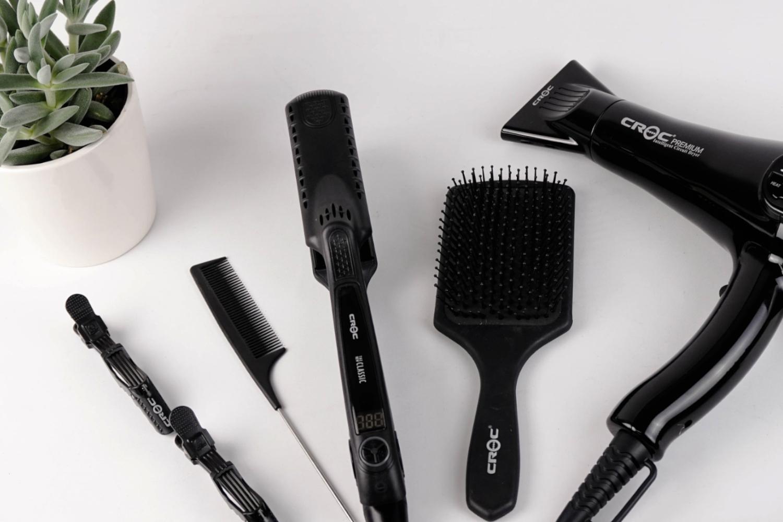 hair styling tools flatlay