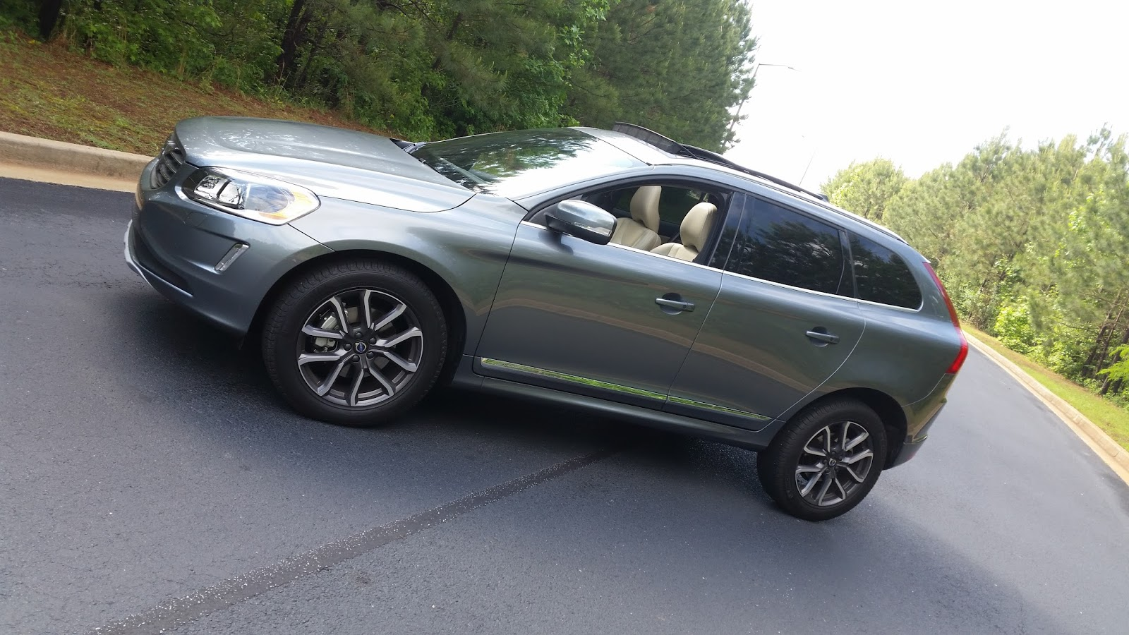 JeffCars com:Your Auto Industry Connection: 2016 Volvo XC60