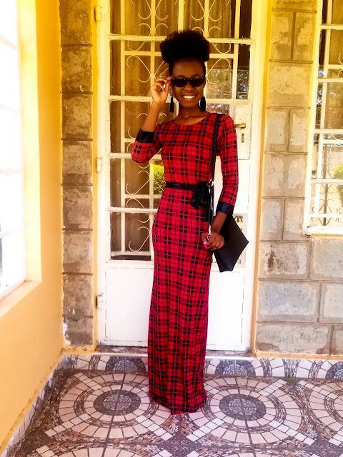 A Simple Idea On How To Wear A Plaid Maxi Dress