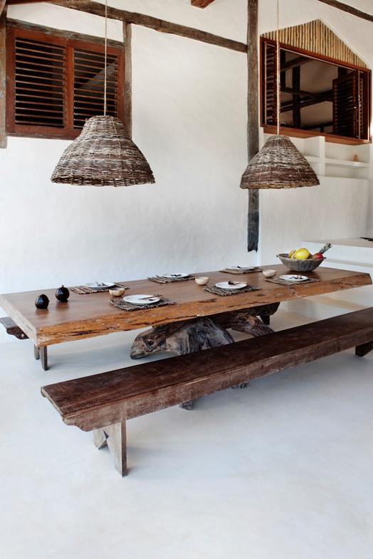 mesa de madera artesanal