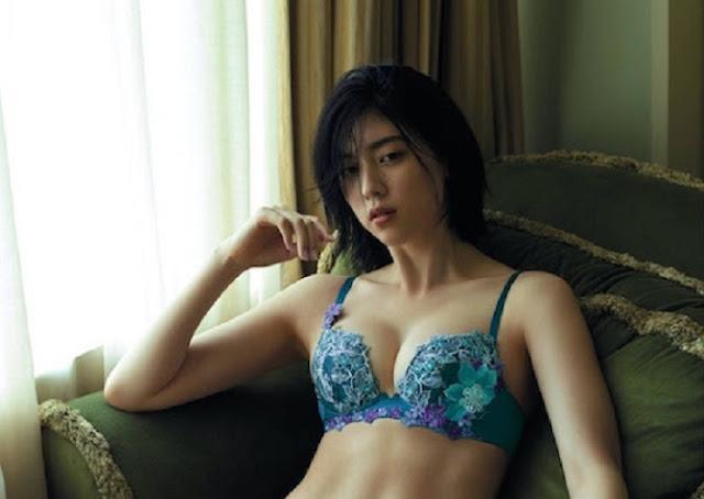ayaka miyoshi lingerie hot