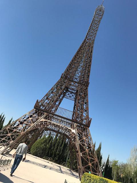 Torre eiffel Parque europa, Madrid