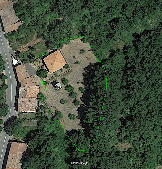 Semproniano, terratetto unifamiliare con grande giardino