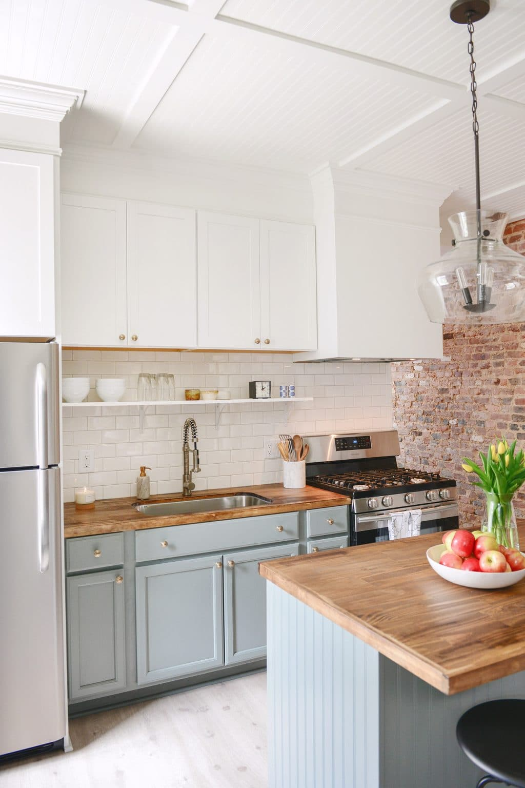 ORC inspiration: raised cabinets with shelf underneath