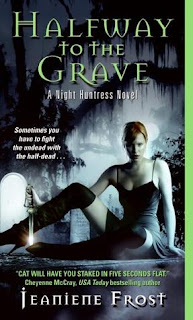 Halfway to the grave by Jeanniene Frost