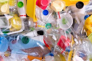Los beneficios de usar envases de plástico