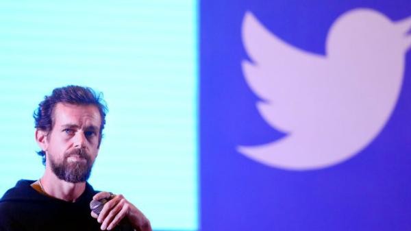 المدير التنفيذي لتويتر يتعرض لقرصنة حسابه على المنصة
