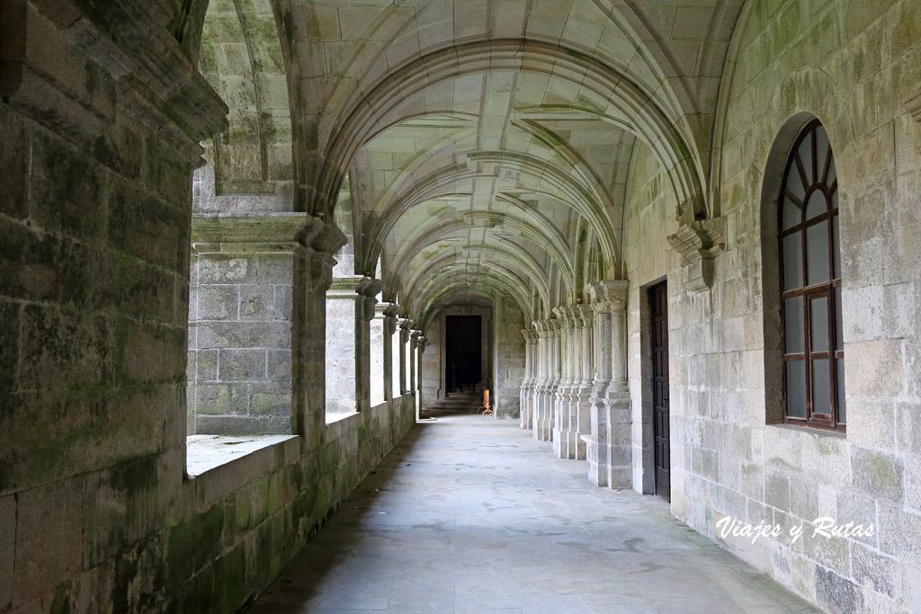Claustro de los Peregrinos Santa María de Sobrado