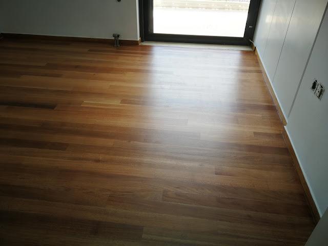Συντήρηση ξύλινου πατώματος Πώς δείχνει το πάτωμα με ματ βερνίκι