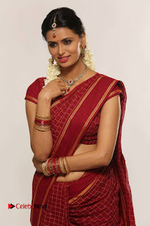 Actress Meenakshi Dixit Latest Picture Gallery  0001