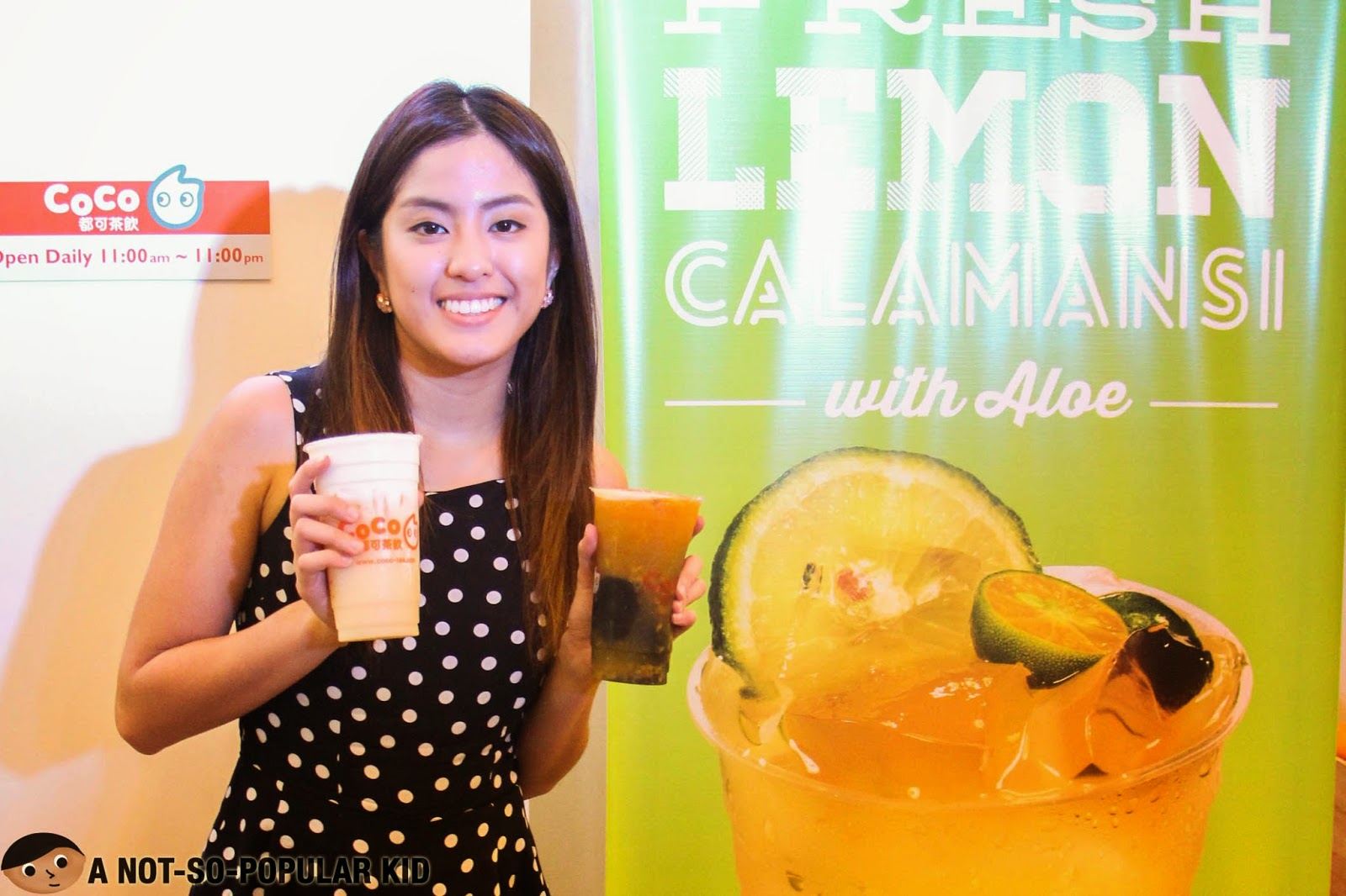 Gretchen Ho endorsing the fresh juice and milk tea of CoCo