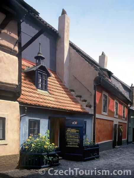 Casa del Callejón de Oro (Praga, República Checa)