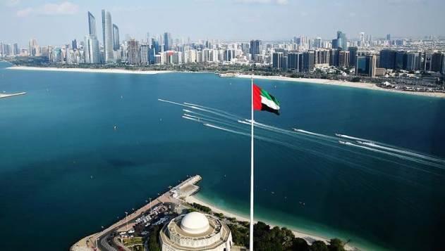 الإمارات تعفي هذه الفئة من تأشيرة الدخول السياحية.؟