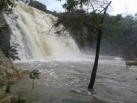 Novo Horizonte/BA: Dois jovens morrem afogados na Cachoeira de  Brejo Luíza de Brito