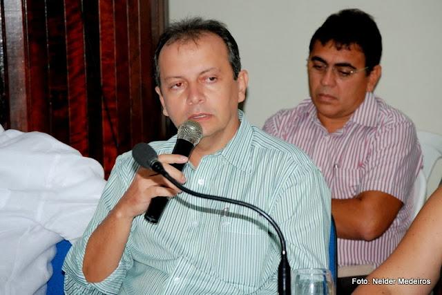 Resultado de imagem para prefeito de acari Isaias de Medeiros Cabral - PMDB