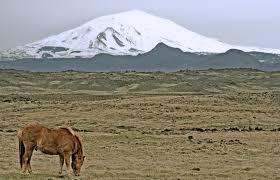 gunung hekla di percaya sebagai pintu gerbang menuju akhirat
